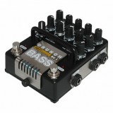 "AMT Electronics BC-1 ""Bass Crunch"" - предусилитель для бас-гитары"