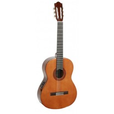 YAMAHA CX40 - классическая гитара со звукоснимателем