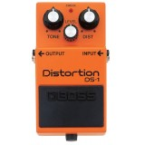 BOSS DS-1 Distortion - педаль эффектов